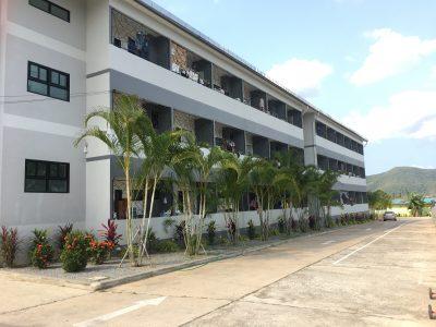 ขายอพาร์ทเม้นท์ 72 ห้อง อาคารสูง3ชั้น ต.บางเสร่ อ.สัตหีบ จ.ชลบุรี(574523)
